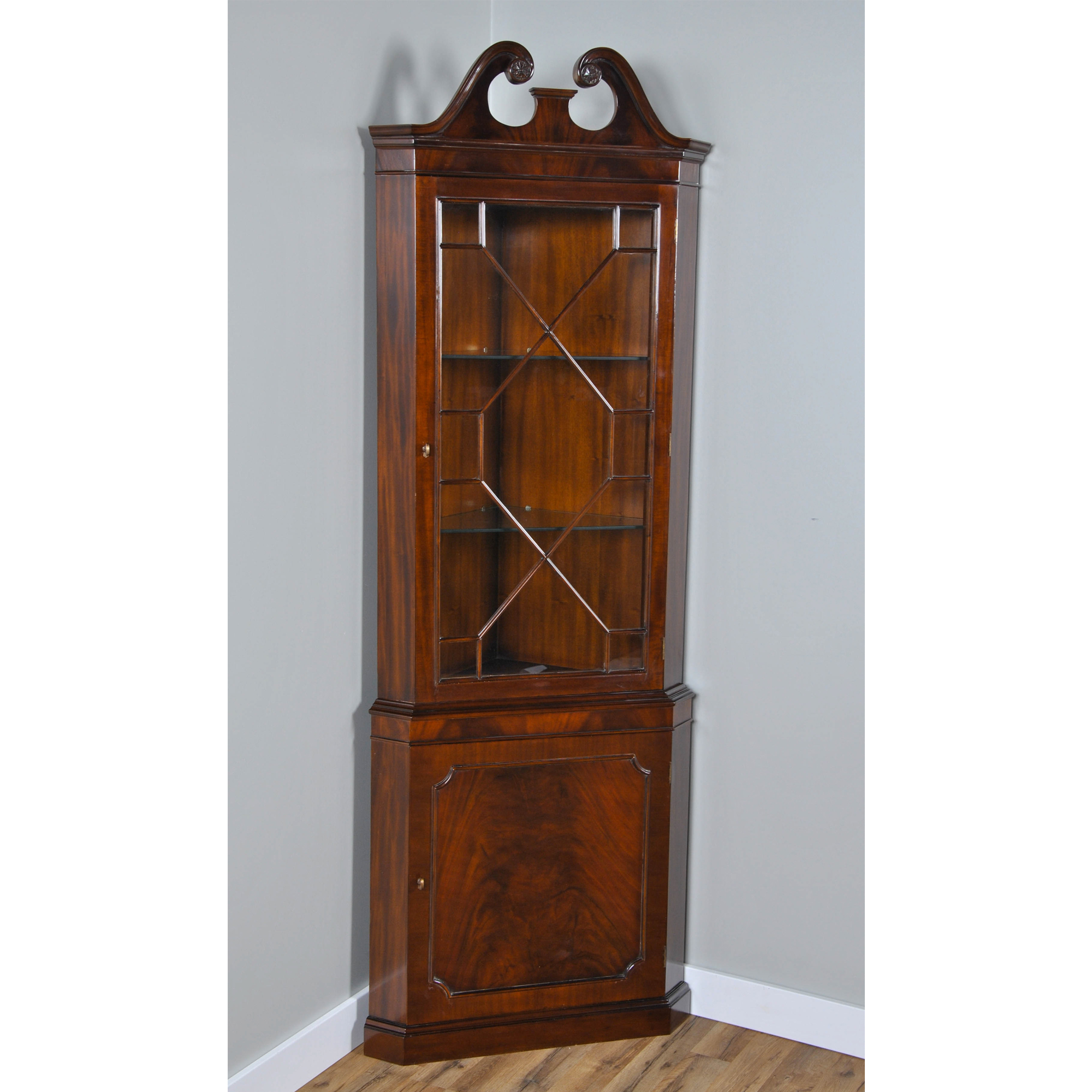 Mahogany Corner Cabinet Niagara Furniture Mahogany Furniture