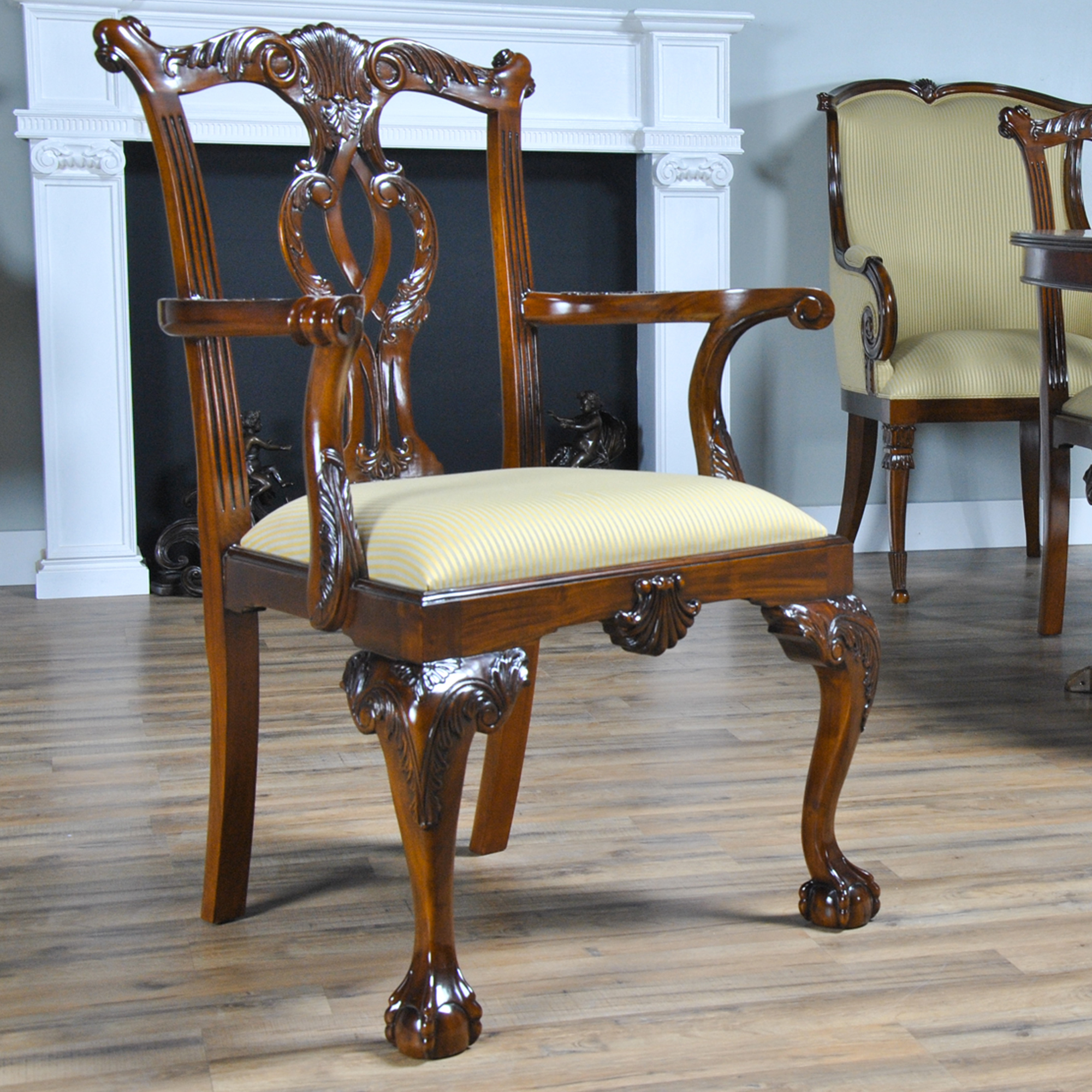 Philadelphia chippendale chairs set of 10 niagara furniture for Z furniture philadelphia