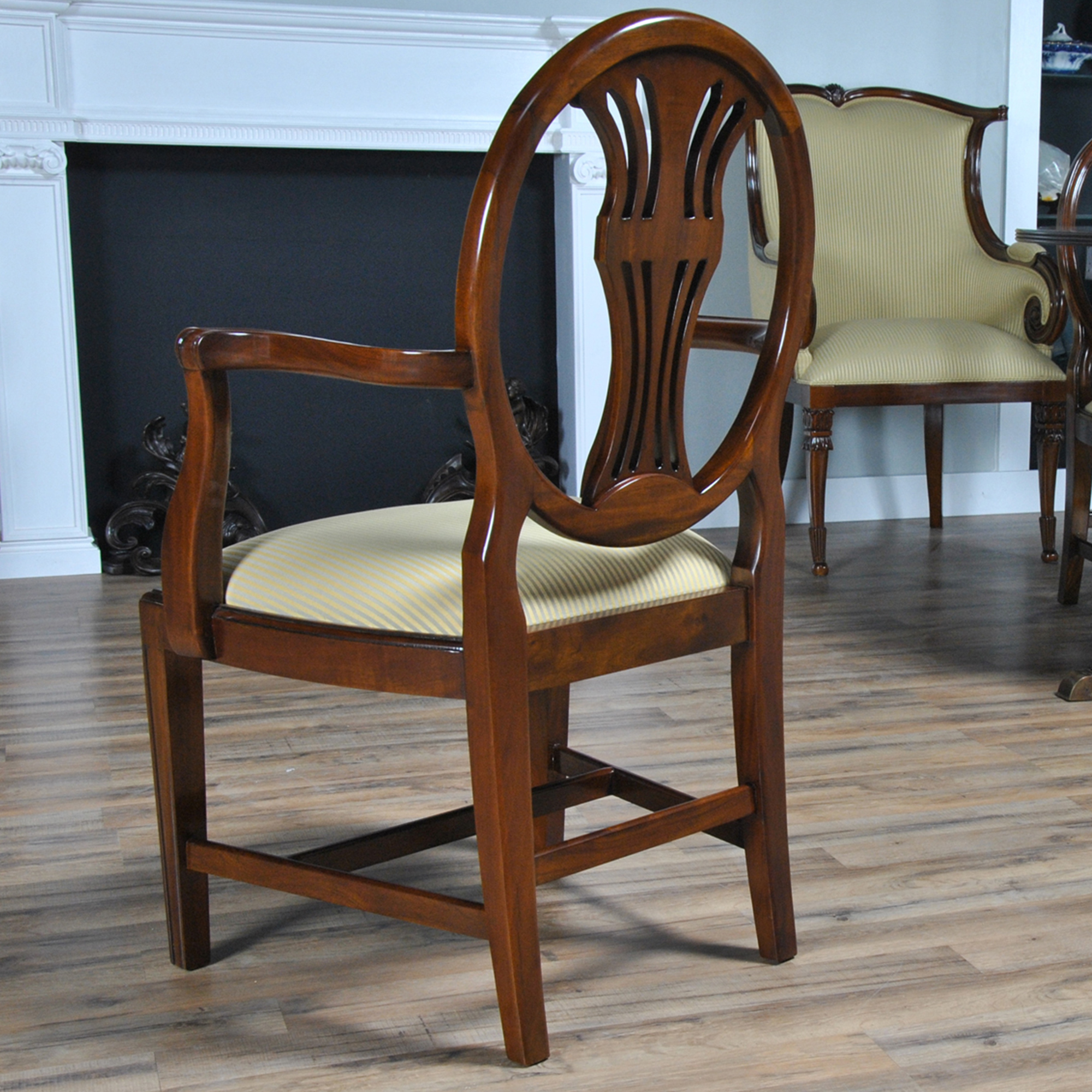 Oval Back Inlaid Chairs Set Of 10 Niagara Furniture
