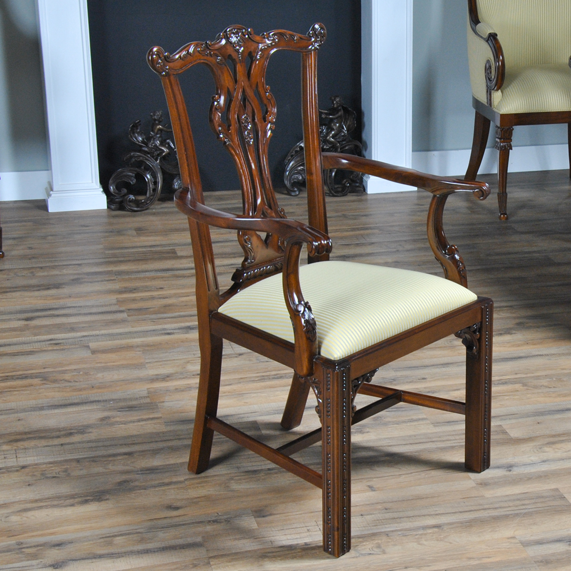 Essex Chippendale Style Chairs Set Of 10 Niagara Furniture